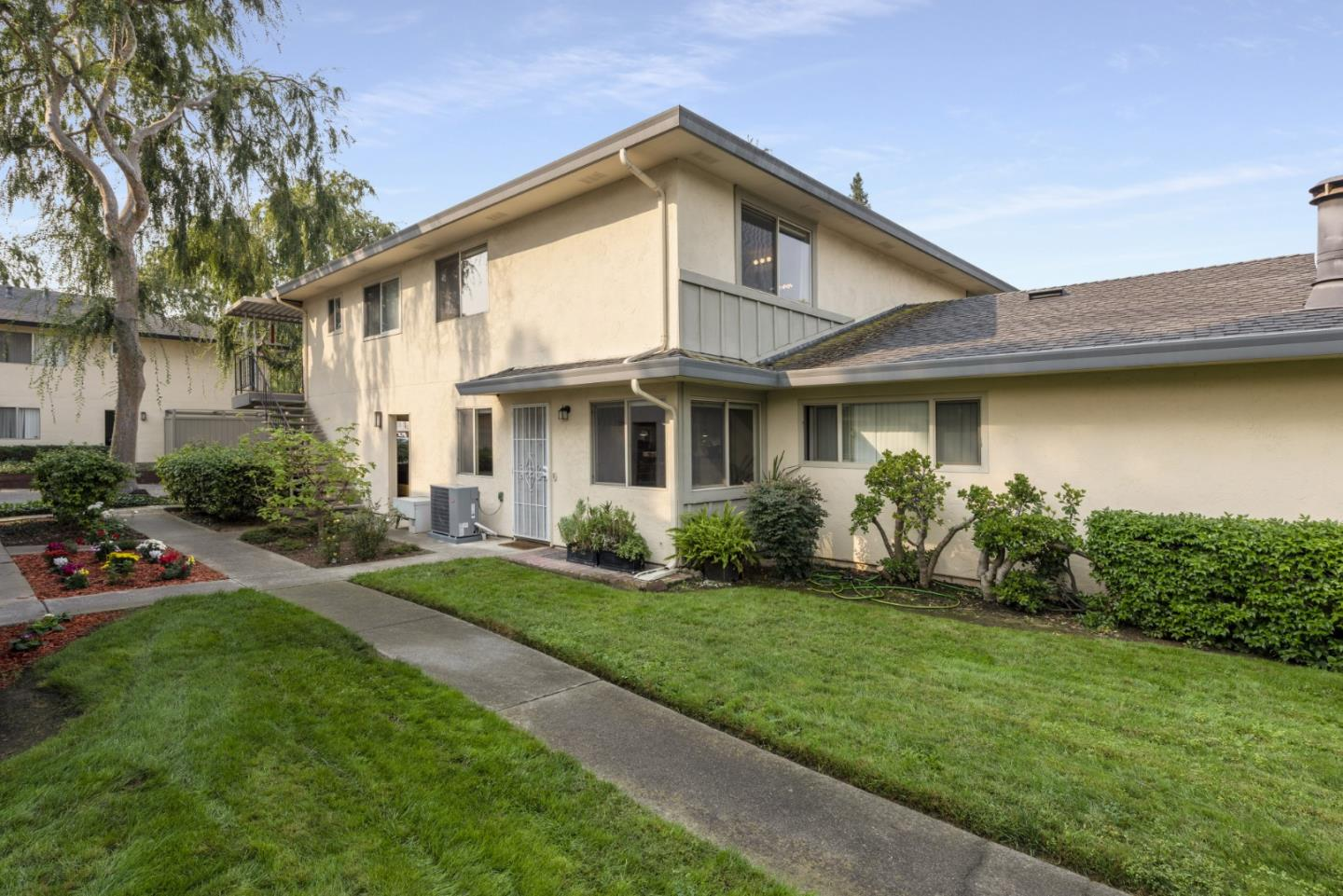 Photo for 234 Gomes Court
