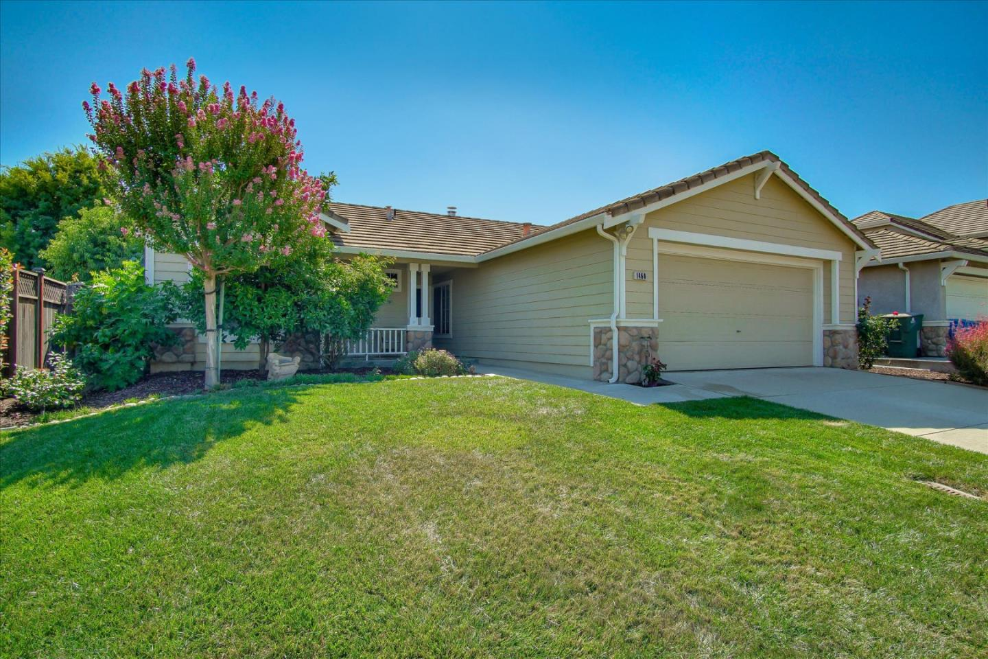Detail Gallery Image 1 of 1 For 1460 Partridge Dr, Gilroy,  CA 95020 - 4 Beds | 2 Baths
