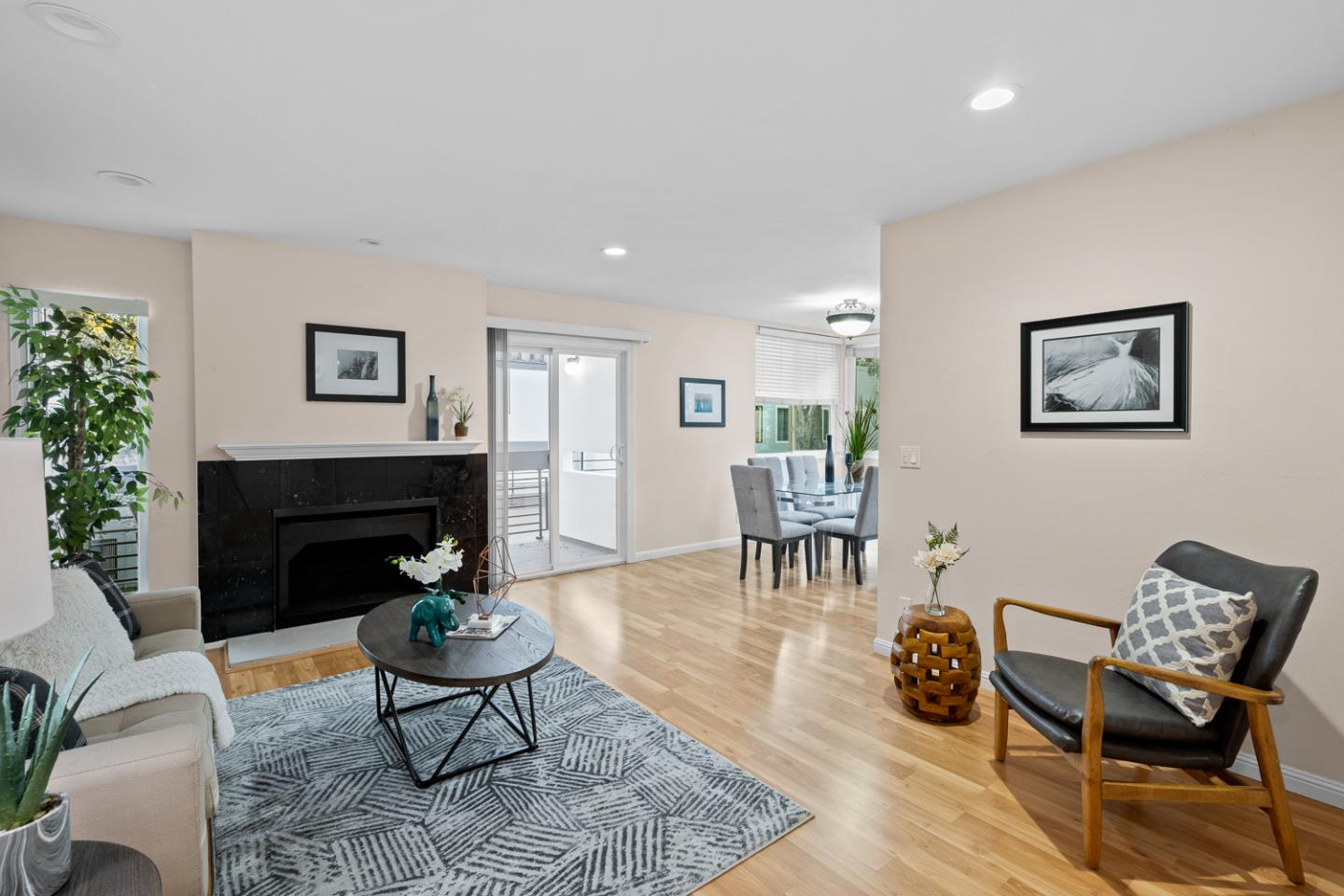 Detail Gallery Image 1 of 1 For 1025 Shell Blvd #12,  Foster City,  CA 94404 - 2 Beds | 2 Baths
