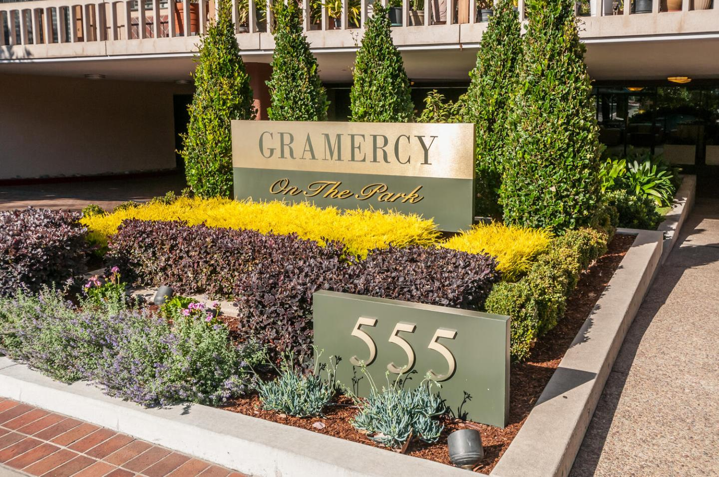 Detail Gallery Image 1 of 25 For 555 Laurel Ave #522,  San Mateo,  CA 94401 - 2 Beds | 2 Baths