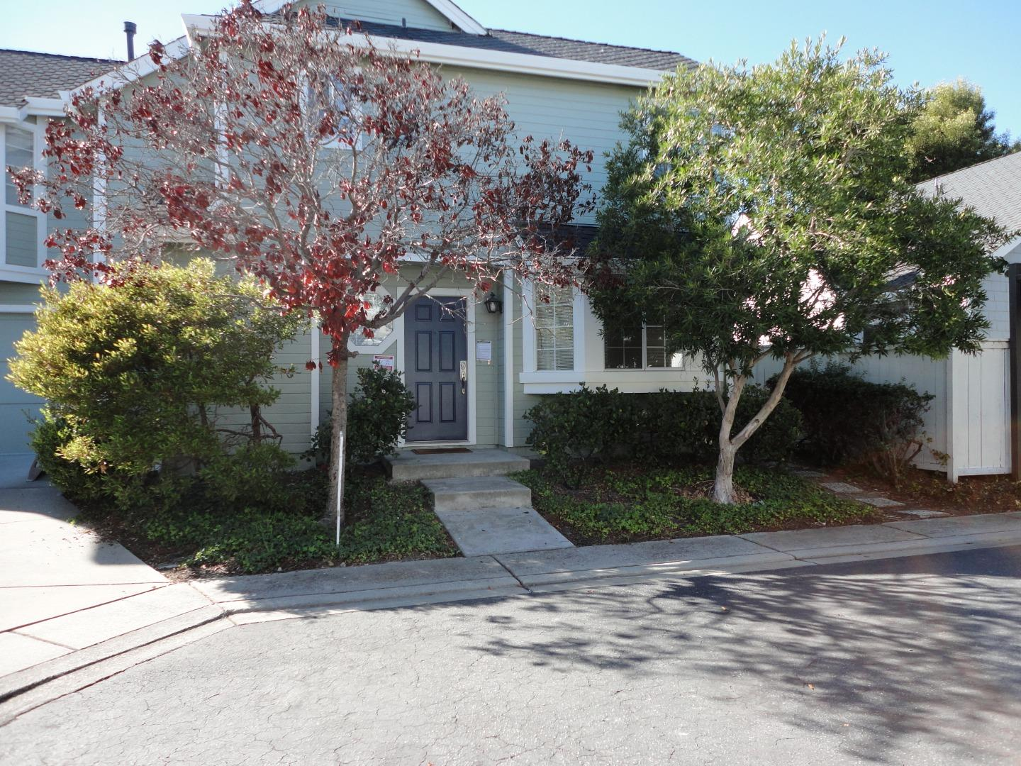 Detail Gallery Image 1 of 25 For 32 Williams Ln, Foster City,  CA 94404 - 3 Beds | 2/1 Baths