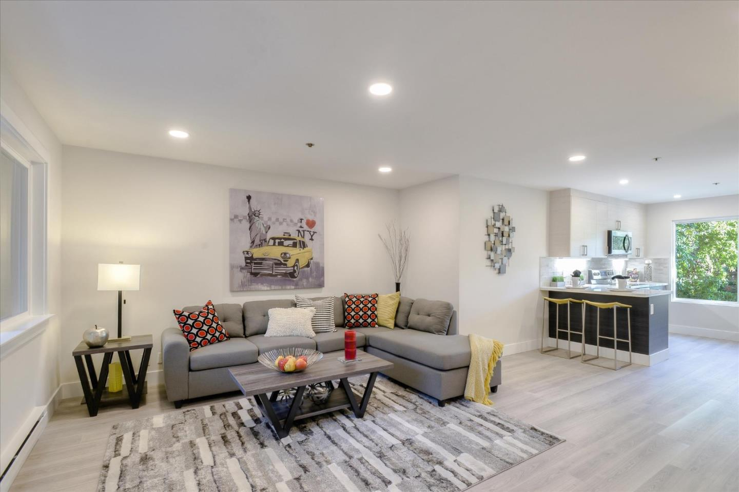Detail Gallery Image 1 of 27 For 464 Clinton St #211,  Redwood City,  CA 94062 - 1 Beds | 1 Baths