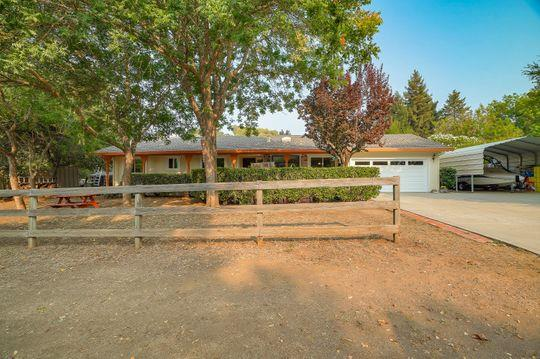 Detail Gallery Image 1 of 1 For 3315 Old Creek Rd, Gilroy,  CA 95020 - 4 Beds | 2/1 Baths