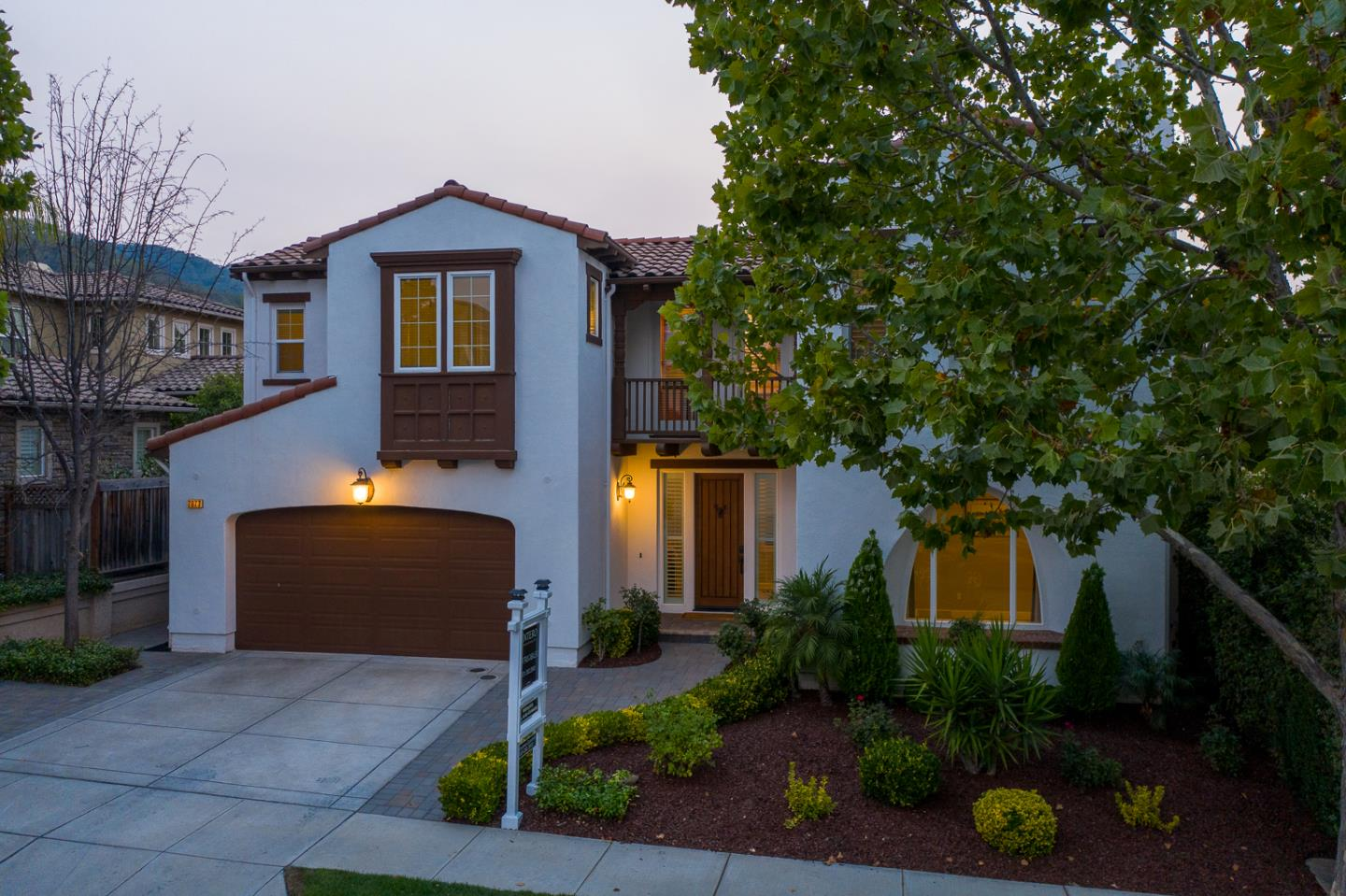 Detail Gallery Image 1 of 1 For 7677 Hackett Dr, Gilroy,  CA 95020 - 5 Beds | 4 Baths
