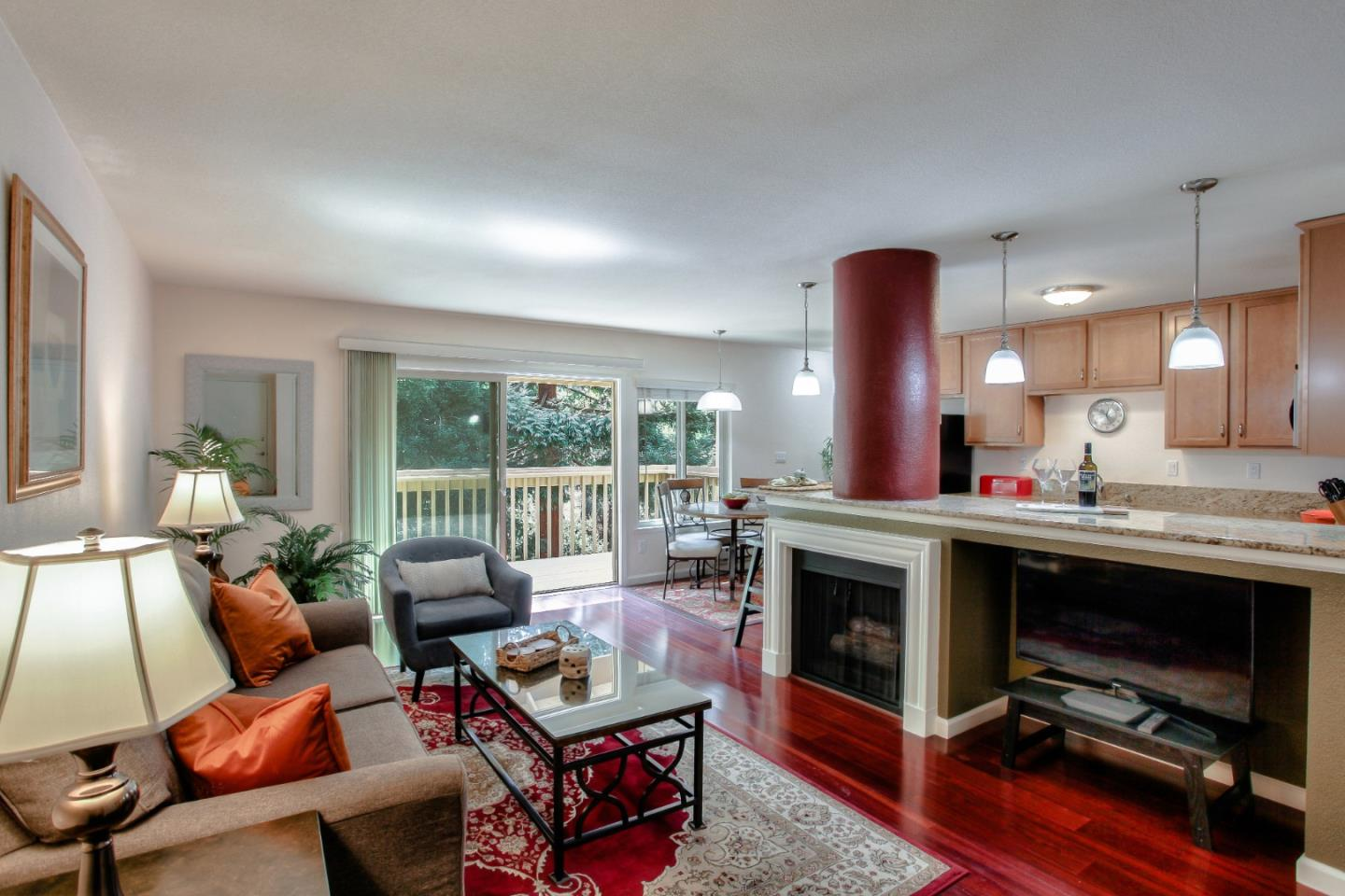 Detail Gallery Image 1 of 1 For 300 Glenwood Cir #295,  Monterey,  CA 93940 - 1 Beds | 1 Baths