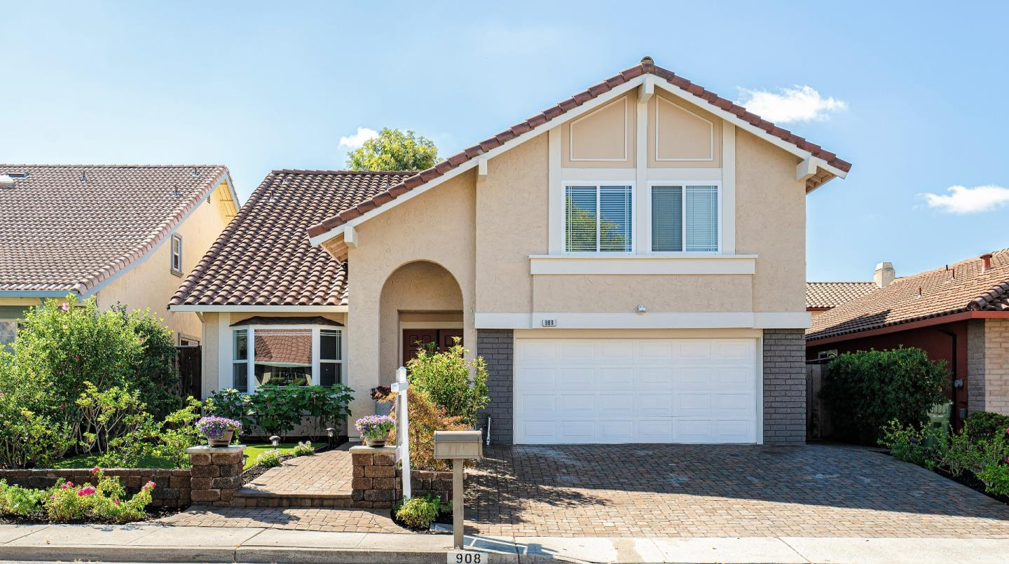 Detail Gallery Image 1 of 1 For 908 Canada Dr, Milpitas,  CA 95035 - 4 Beds   3 Baths
