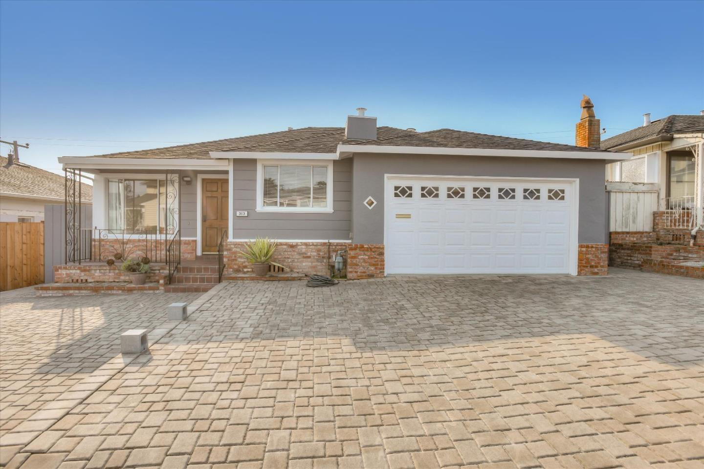 Detail Gallery Image 1 of 41 For 313 Hazelwood Dr, South San Francisco,  CA 94080 - 3 Beds | 2 Baths