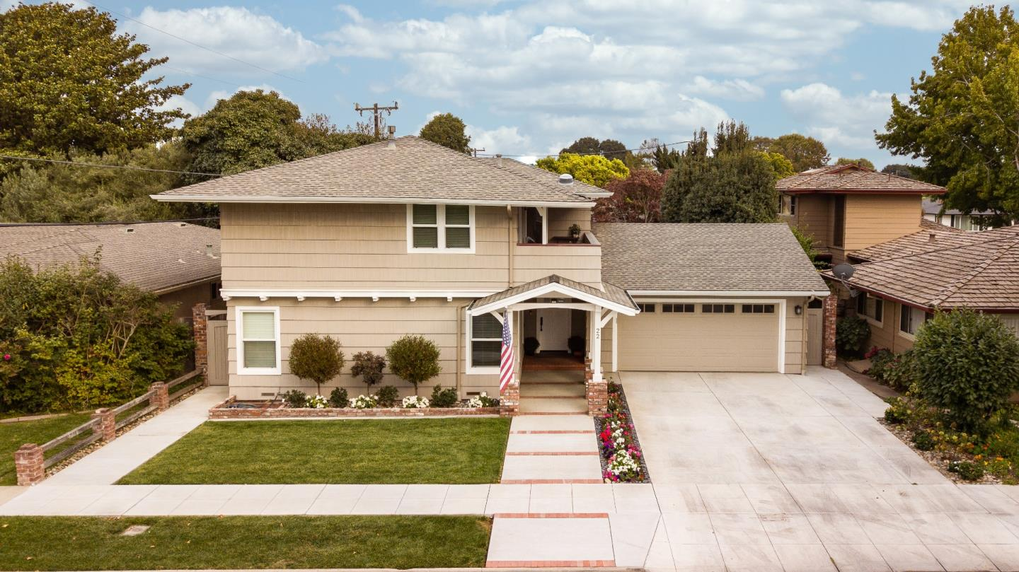 Detail Gallery Image 1 of 1 For 22 Santa Ana Dr, Salinas,  CA 93901 - 4 Beds | 4/1 Baths