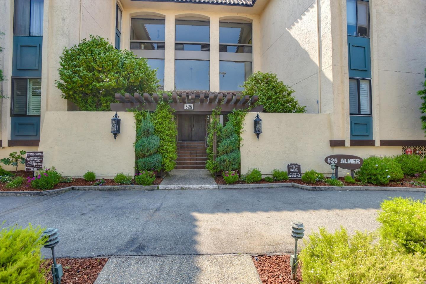 959 SF of spacious living in a highly desirable secure condo complex w/ great amenities! Close to Burlingame Ave; Top-floor, immaculate unit w/patio overlooking pool/BBQ. Quiet w/ only 1 shared wall; LR/DR combo offers high-ceiling, remote control ceiling fan & slider to freshly painted private patio; spacious bedroom w/ hi-ceiling & remote control ceiling fan + 2 closets; bath has separate vanity + shower over tub; bright kitchen w/ lots of cabinets, under-counter lights, refrigerator, electric stove & dishwasher; large storage closet in entry; easy access from secure garage w/ premium spot + elevator right to the unit; free laundry rm just down the hall; 2 generous storage closet - one on 3rd floor, one in garage; child play area, game room & fantastic workout rm; fresh paint, new light fixtures & ceiling fans 9/2020; near SFO, commuter corridors; train station, vibrant Burlingame Ave; great restaurants, shopping; quiet yet close to everything in the heart of Burlingame.