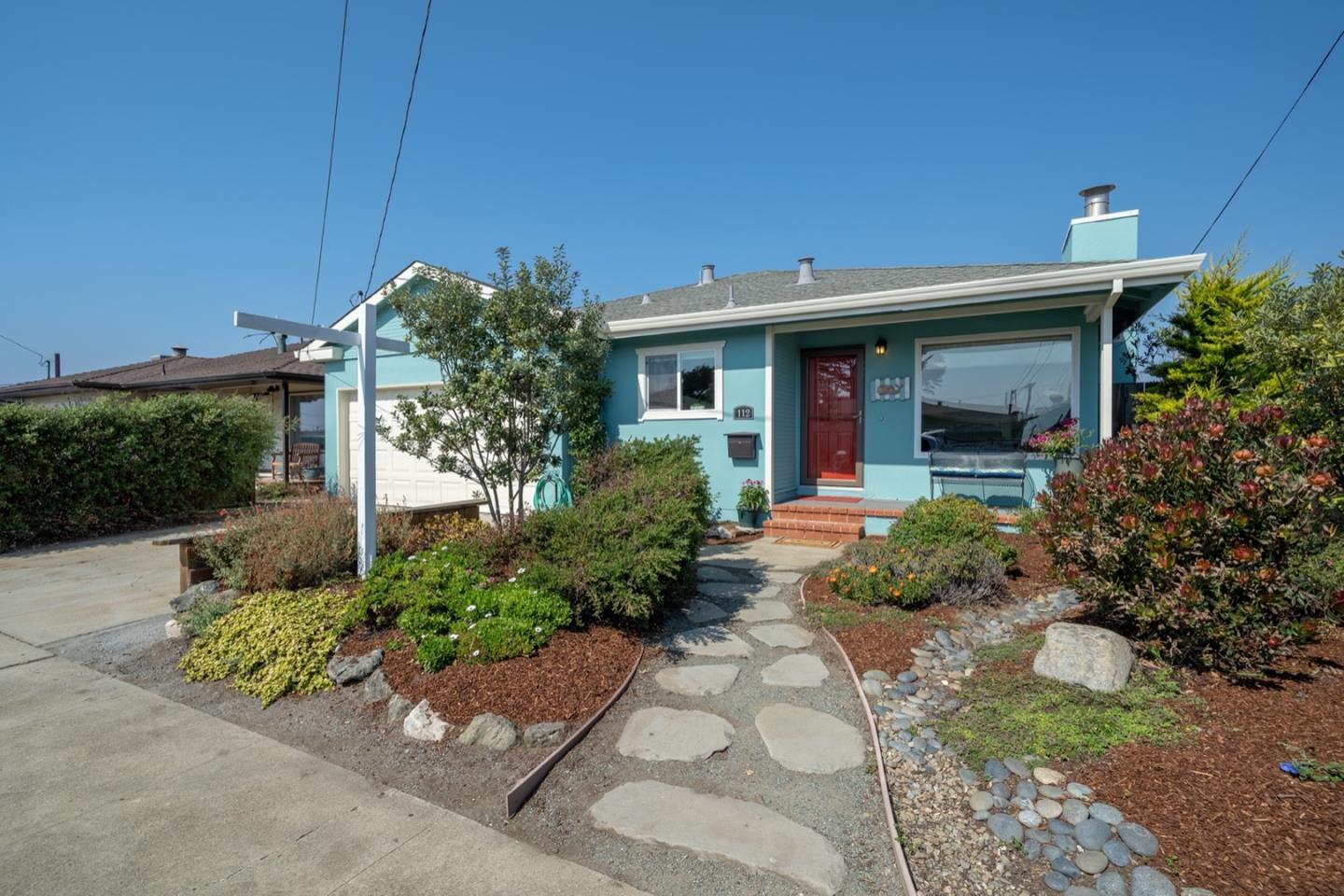 Detail Gallery Image 1 of 1 For 112 Shoreview Ave, Pacifica,  CA 94044 - 3 Beds | 1 Baths
