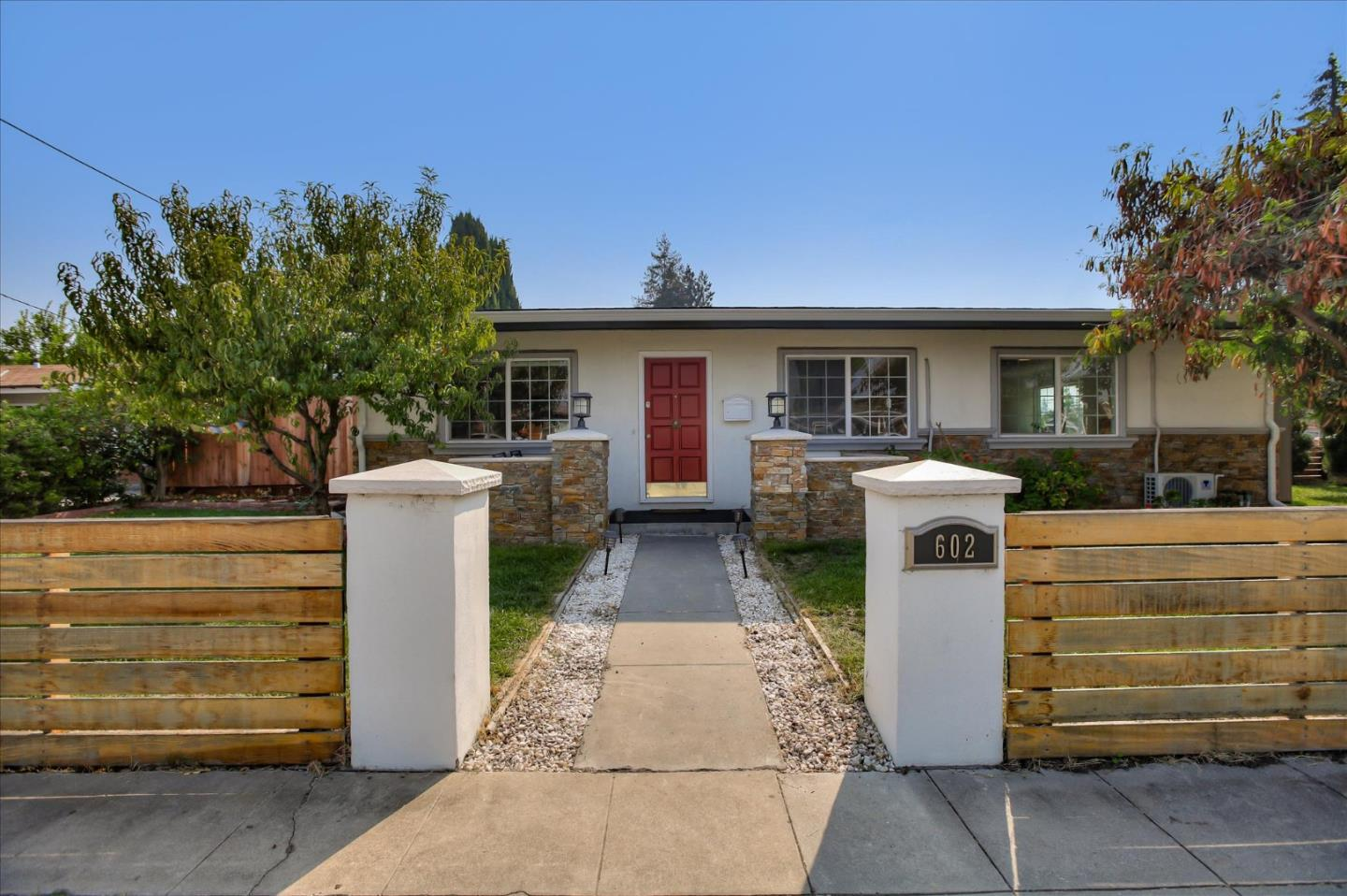 Detail Gallery Image 1 of 1 For 602 Cypress Ave, Sunnyvale,  CA 94085 - 3 Beds | 2 Baths
