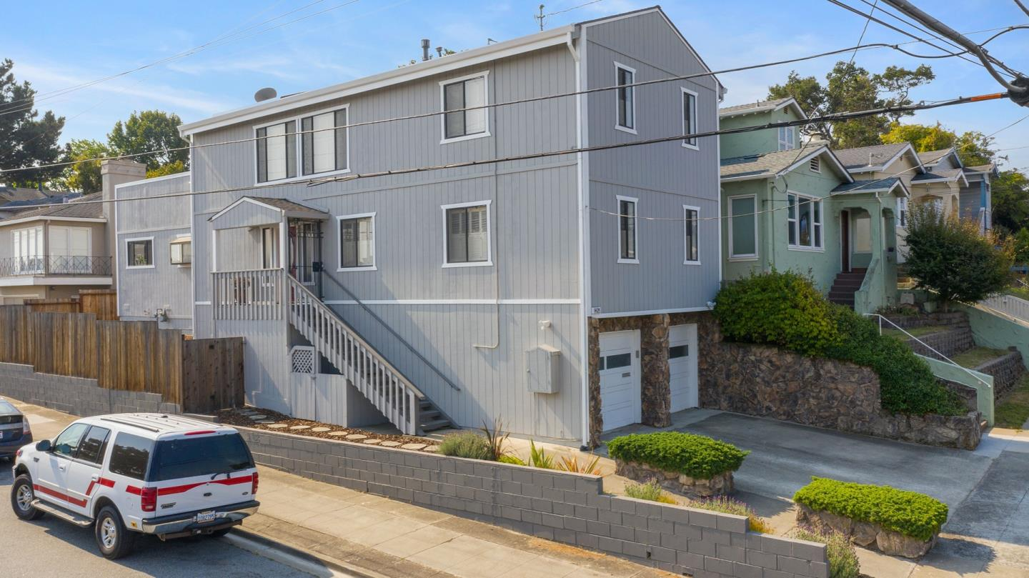 Detail Gallery Image 1 of 1 For 1405 Jenevein Ave, San Bruno,  CA 94066 - 3 Beds | 2/1 Baths