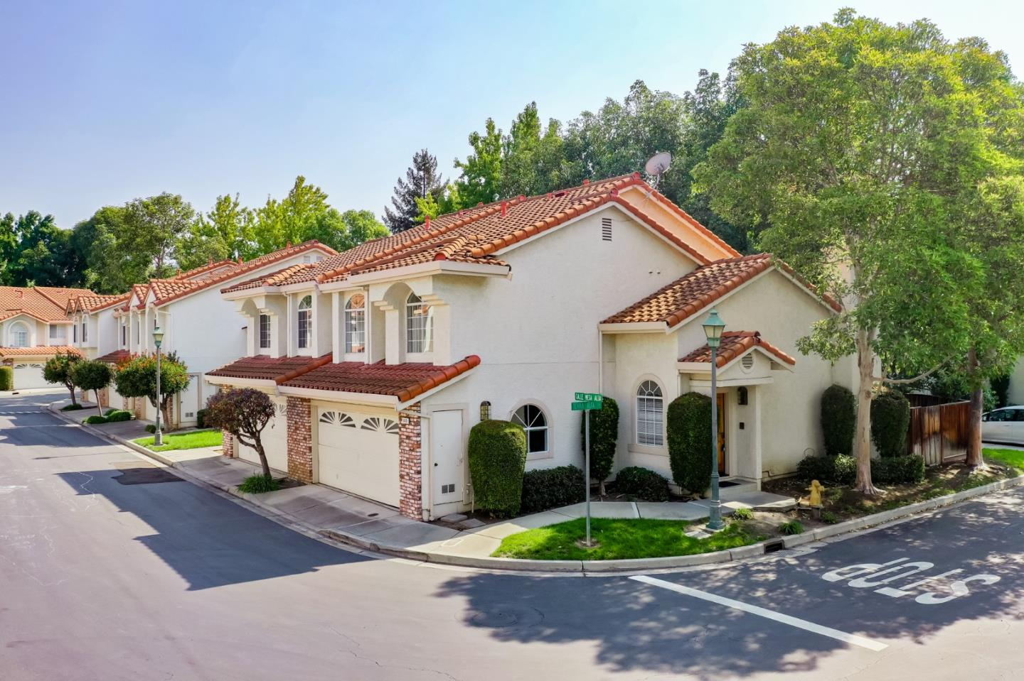 Detail Gallery Image 1 of 1 For 2020 Calle Mesa Alta, Milpitas,  CA 95035 - 3 Beds | 2/1 Baths