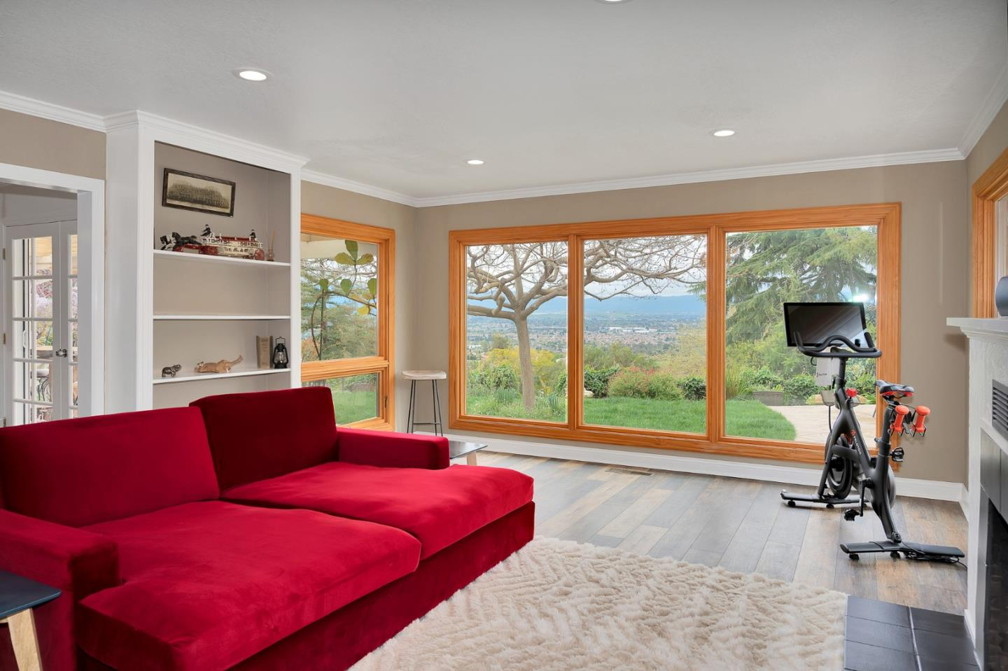 Detail Gallery Image 1 of 1 For 3810 Pleasant Vista Dr, San Jose,  CA 95148 - 3 Beds | 2 Baths