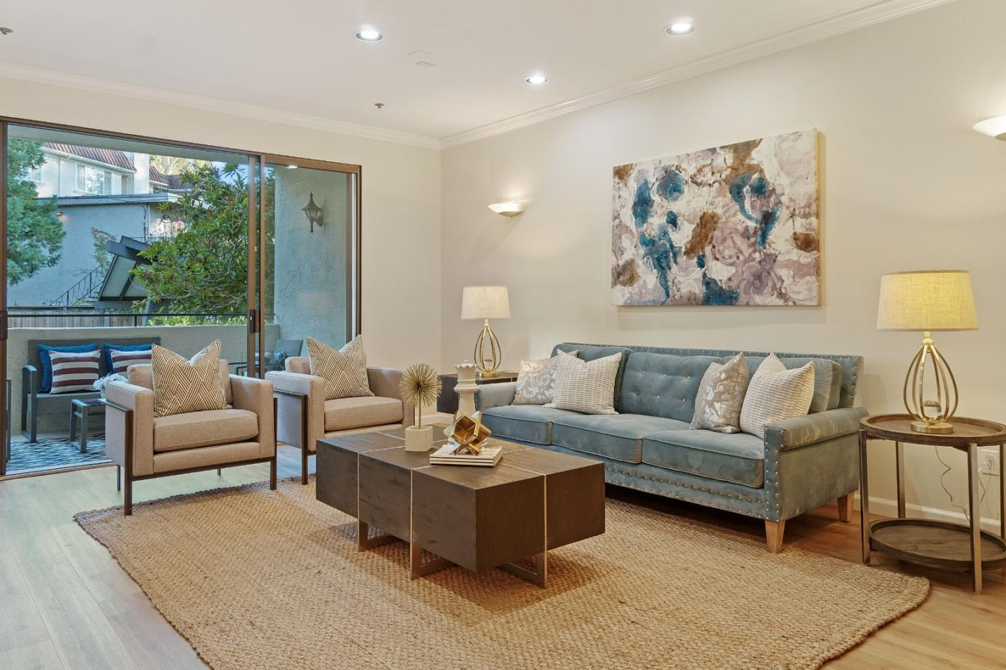 Detail Gallery Image 1 of 1 For 1515 Floribunda Ave #103,  Burlingame,  CA 94010 - 3 Beds | 2 Baths