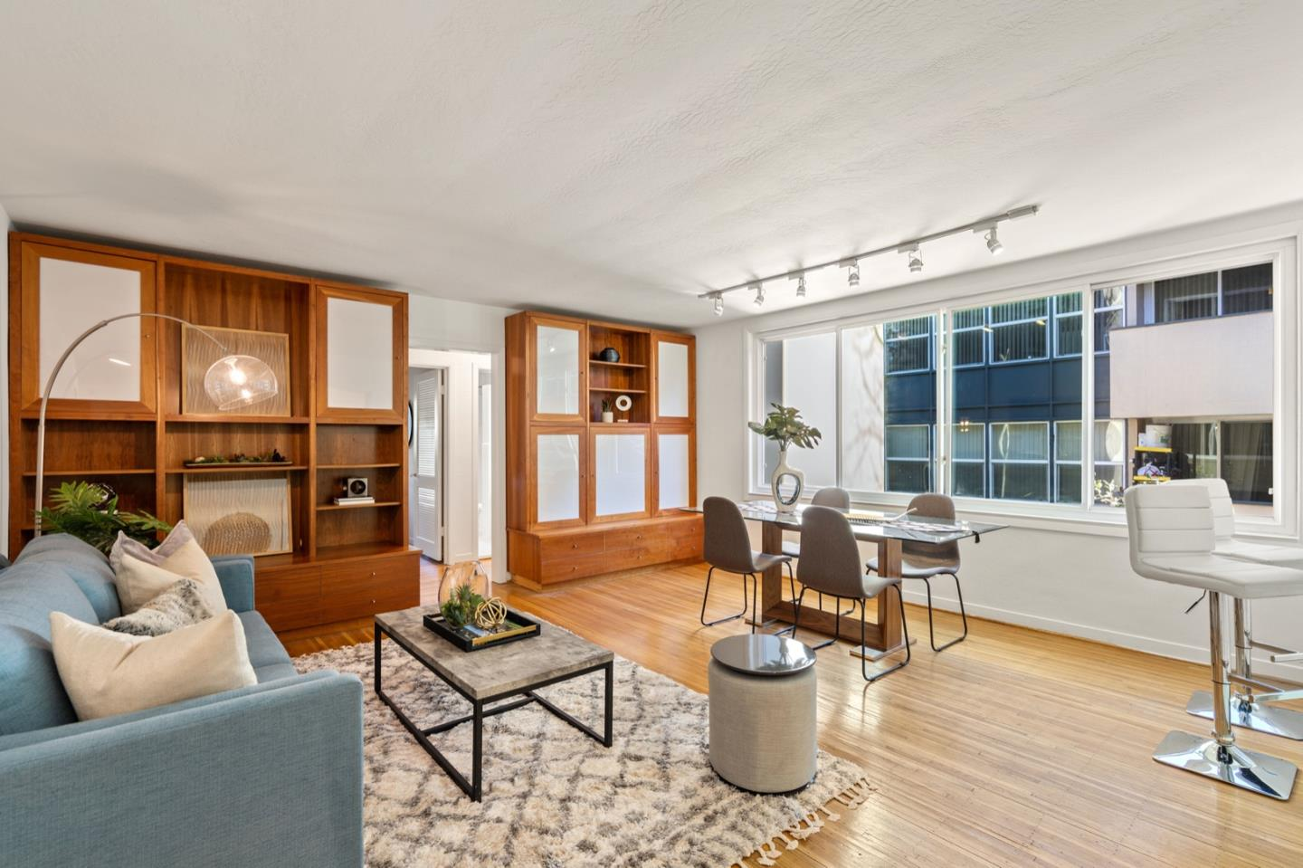 Detail Gallery Image 1 of 1 For 155 N El Camino Real #19,  San Mateo,  CA 94401 - 2 Beds | 1 Baths