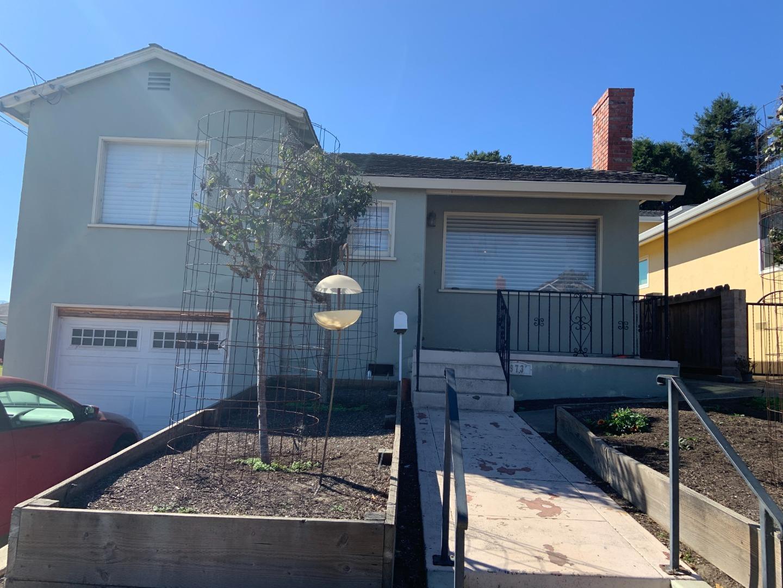 Photo of 973 Wainwright ST, MONTEREY, CA 93940