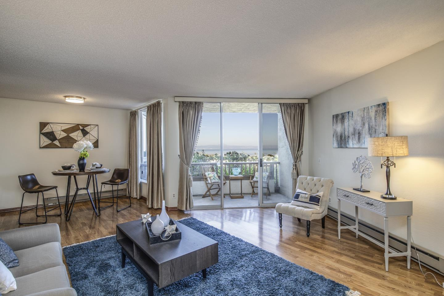 Detail Gallery Image 1 of 1 For 320 Vallejo Dr #6,  Millbrae,  CA 94030 - 2 Beds | 2 Baths