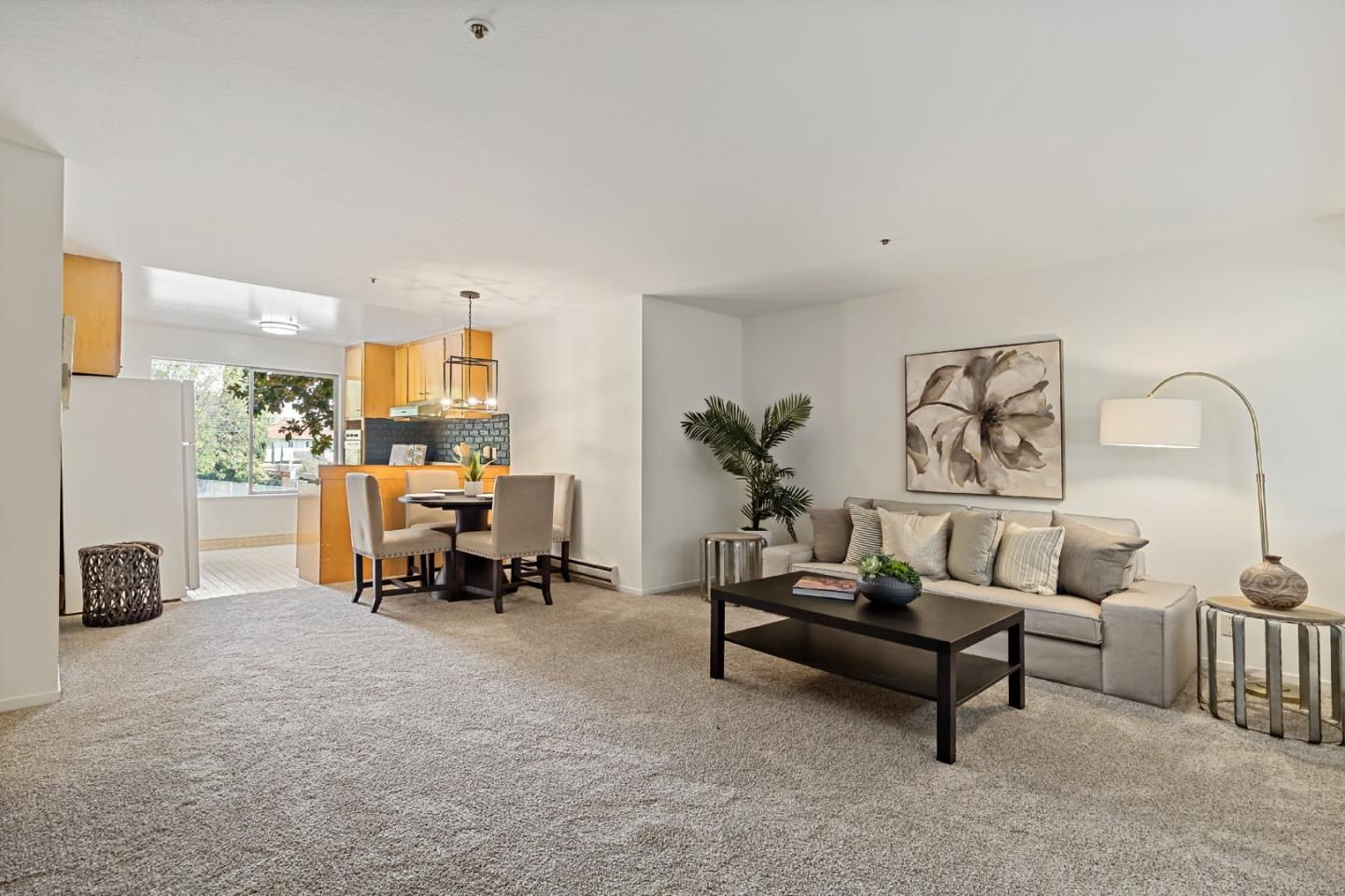 Detail Gallery Image 1 of 1 For 464 Clinton St #201,  Redwood City,  CA 94062 - 1 Beds | 1 Baths