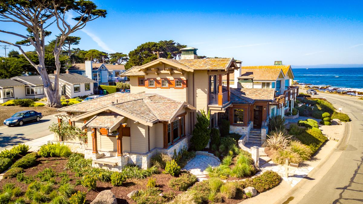 Detail Gallery Image 1 of 1 For 905 Ocean View Blvd, Pacific Grove,  CA 93950 - 3 Beds | 3 Baths
