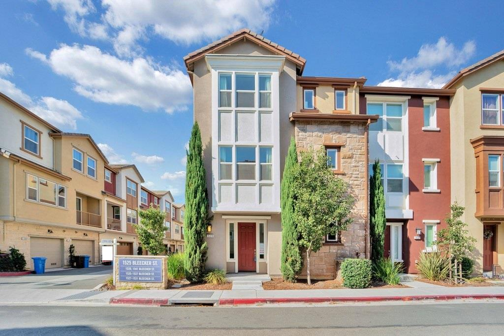 Detail Gallery Image 1 of 1 For 1539 Bleecker St, Milpitas,  CA 95035 - 2 Beds   2/1 Baths