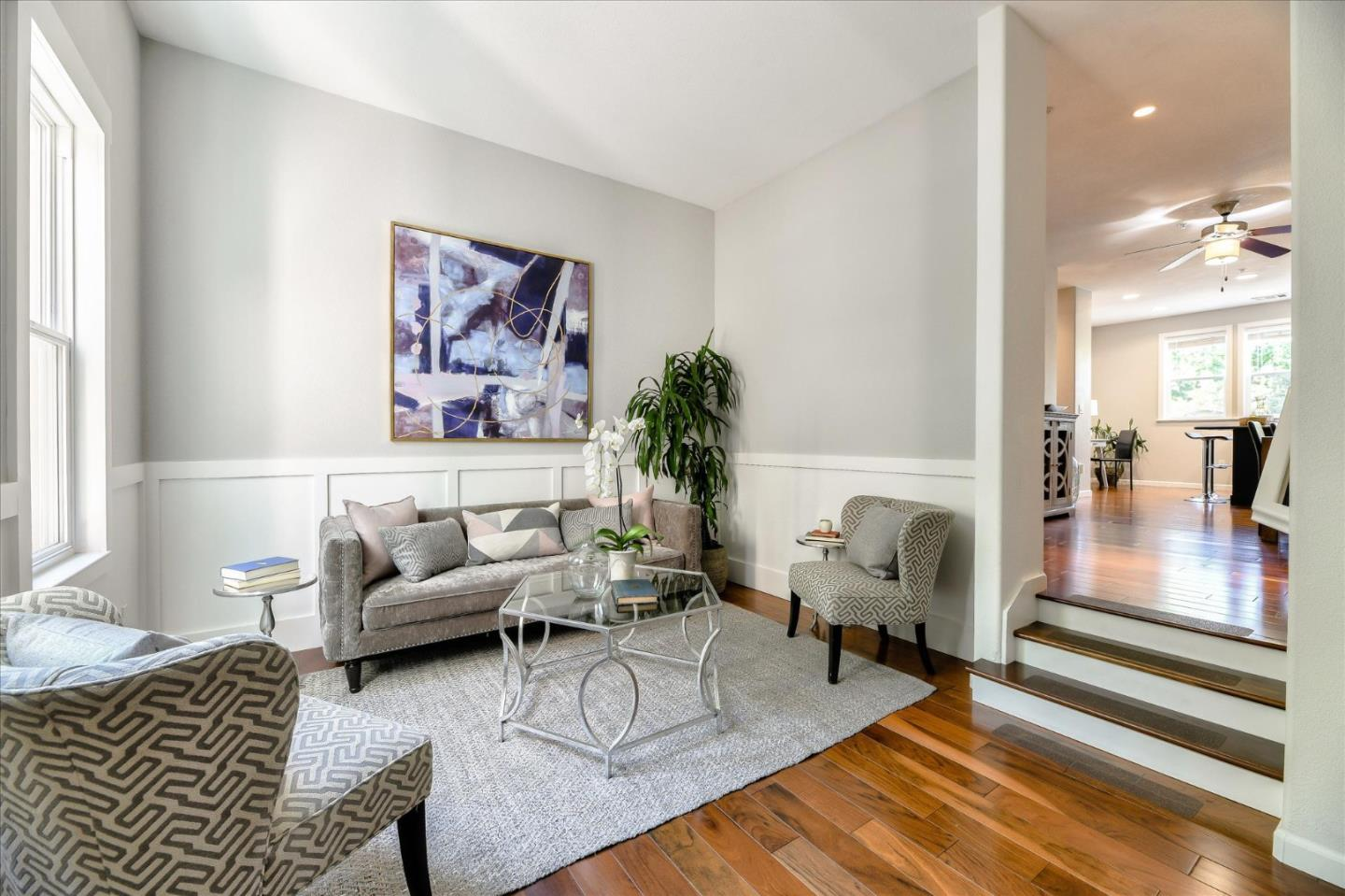 Detail Gallery Image 1 of 1 For 1561 Fiesta Ln, San Jose,  CA 95126 - 2 Beds | 2/1 Baths