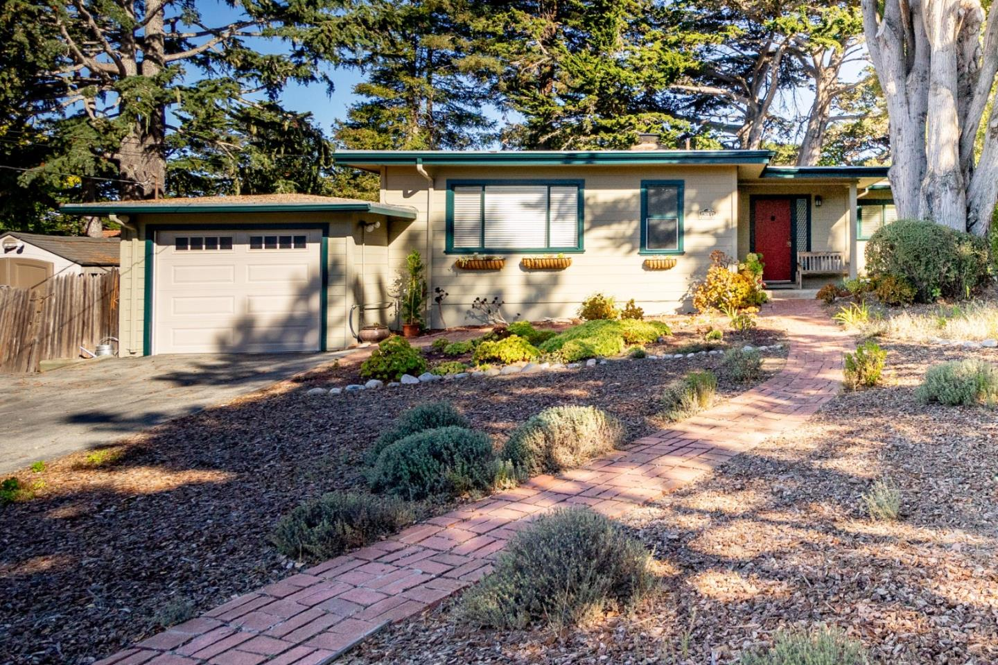 Detail Gallery Image 1 of 1 For 3541 Taylor Rd, Carmel,  CA 93923 - 3 Beds | 2 Baths