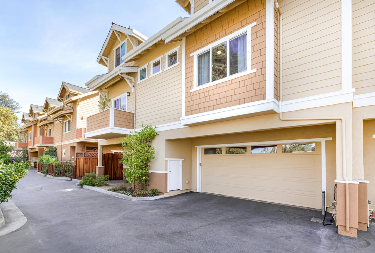 Beautiful, bright craftsman townhome in the heart of Santa Cruz. 3 bedroom, 2.5 bath, over 2000sf with 2-car garage! Built in 2009, finer features include: hand-scraped hardwood floors, custom maple cabinetry, granite counters, stainless appliances, high ceilings, fireplace, and tankless water heater. Master bedroom suite has a walk-in closet custom designed by California closets, and the bathroom is lovely with double sinks, separate shower and soaking tub. The other 2 bedrooms are large with ample closets! The inside laundry room and 1/2 bath have custom built-in cabinetry.  A commuter's dream-jump on Hwy 17 @ Ocean and you're in Los Gatos in 30 minutes. With a park & dog park across the street, DeLaveaga, beaches, shopping/restaurants within minutes.  You don't want to miss this home!