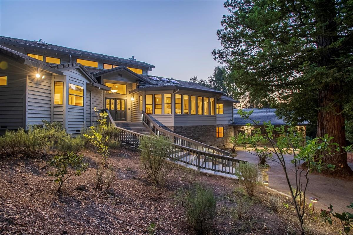 Detail Gallery Image 1 of 1 For 17300 Debbie Rd, Los Gatos,  CA 95033 - 5 Beds   4/1 Baths