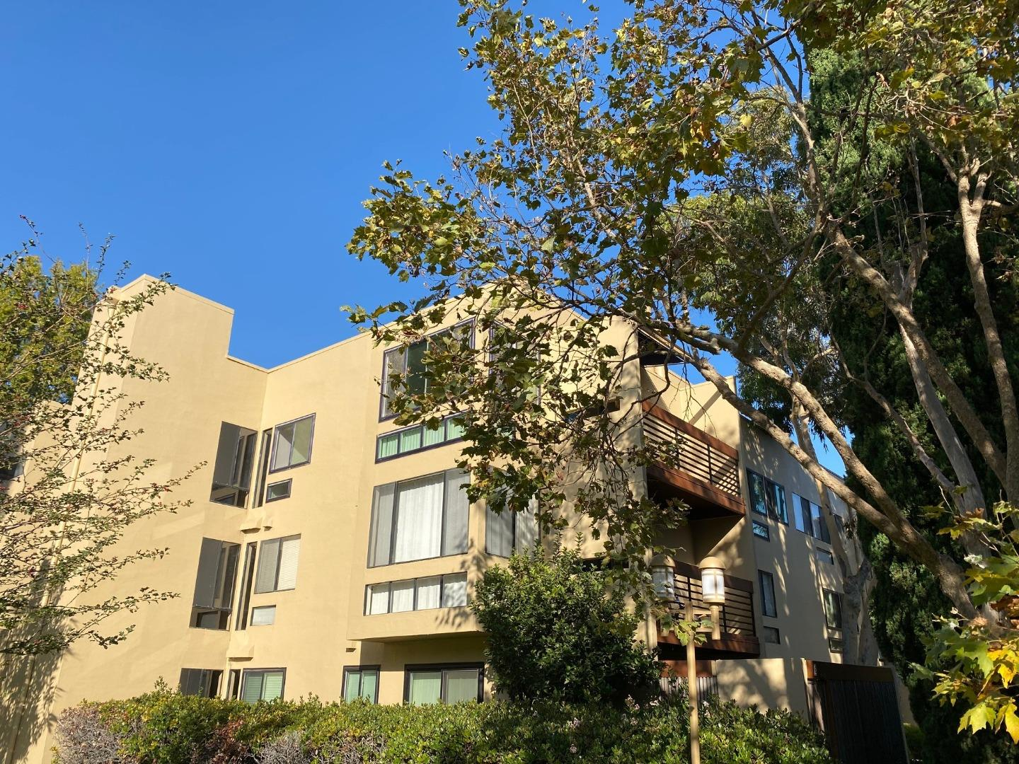 Detail Gallery Image 1 of 1 For 910 Beach Park Blvd #107,  Foster City,  CA 94404 - 2 Beds | 2 Baths