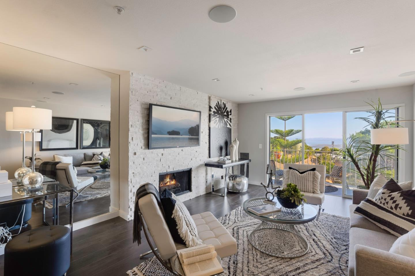 Detail Gallery Image 1 of 1 For 416 Portofino Dr #204,  San Carlos,  CA 94070 - 2 Beds | 2/1 Baths