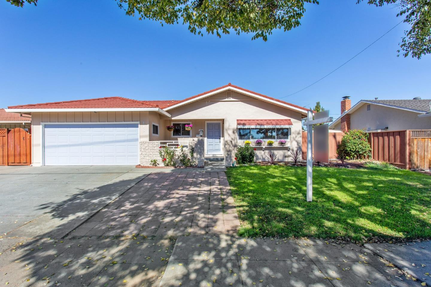 Detail Gallery Image 1 of 1 For 815 E Homestead Rd, Sunnyvale,  CA 94087 - 3 Beds   2 Baths