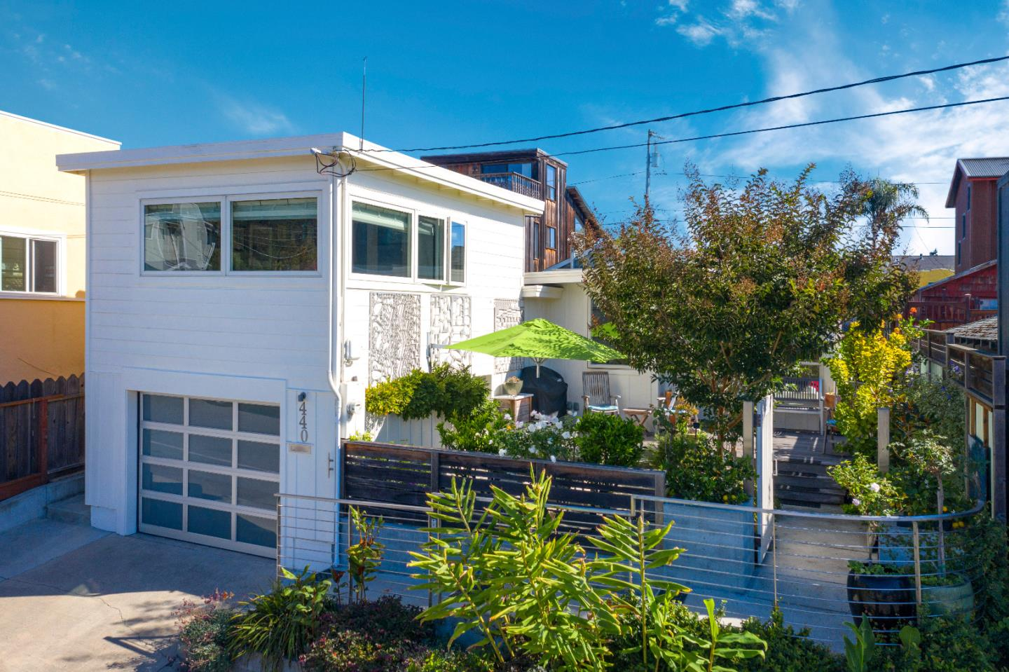 Detail Gallery Image 1 of 1 For 440 5th Ave, Santa Cruz,  CA 95062 - 2 Beds   1 Baths