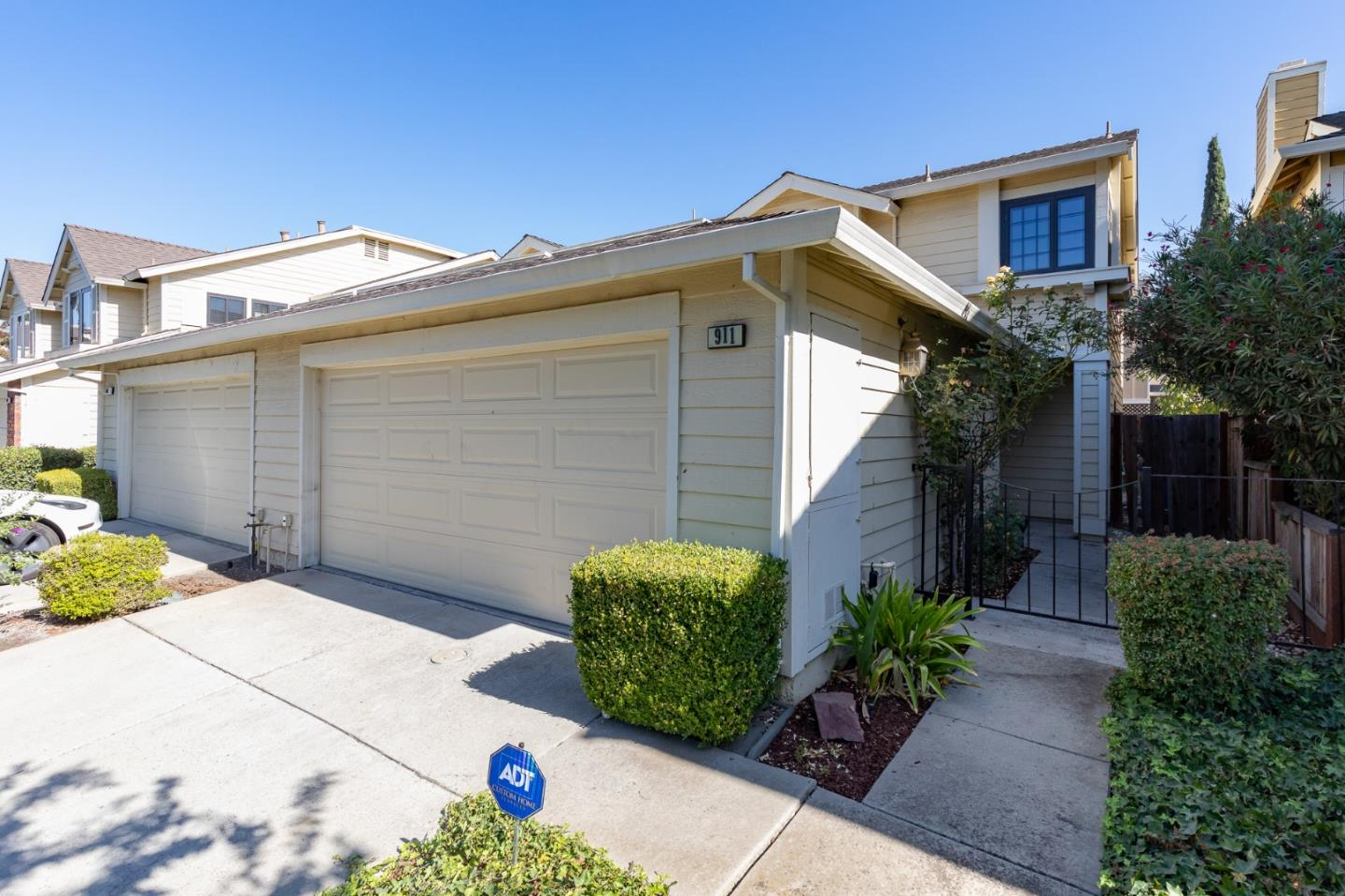 Detail Gallery Image 1 of 1 For 911 Erie Cir, Milpitas,  CA 95035 - 2 Beds | 1/1 Baths