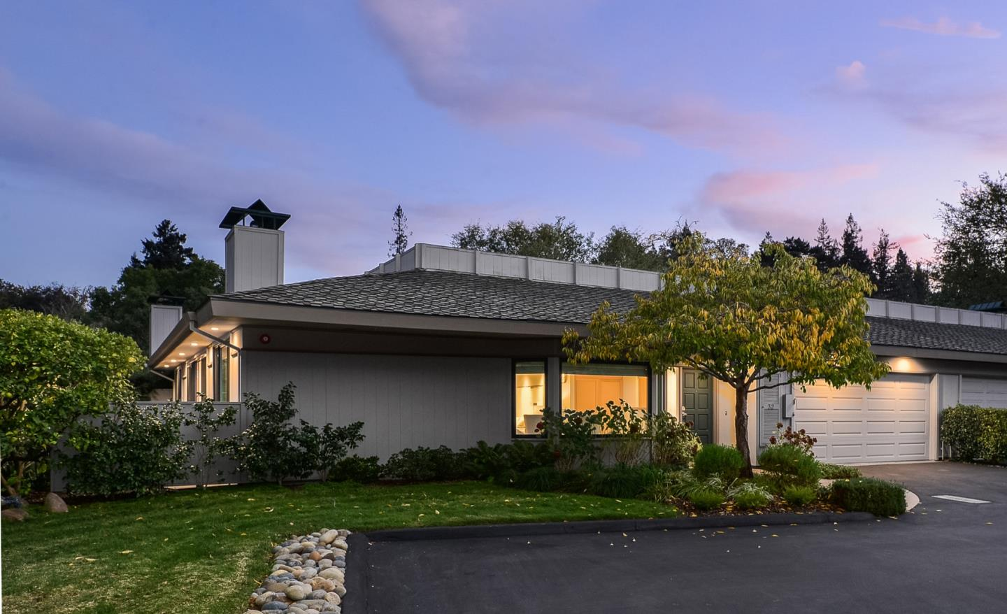 Detail Gallery Image 1 of 28 For 32 Deep Well Ln, Los Altos,  CA 94022 - 2 Beds | 2 Baths