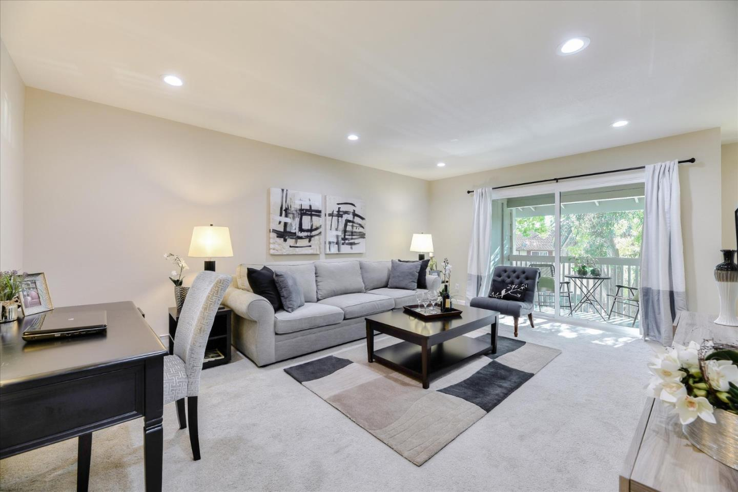 Detail Gallery Image 1 of 23 For 938 Clark Ave #2,  Mountain View,  CA 94040 - 2 Beds | 2 Baths