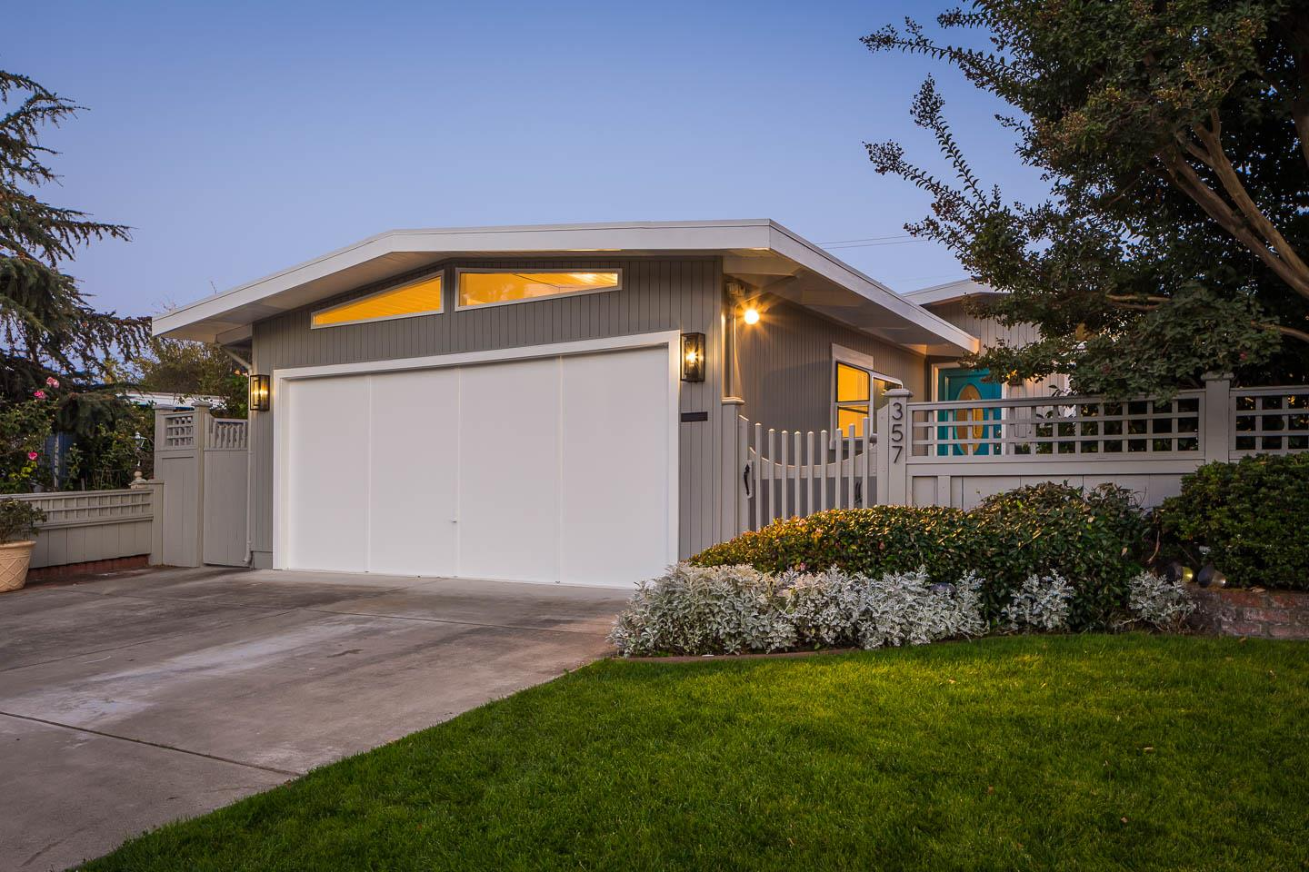 Detail Gallery Image 1 of 1 For 357 Ruth Ave, Mountain View,  CA 94043 - 4 Beds | 2 Baths