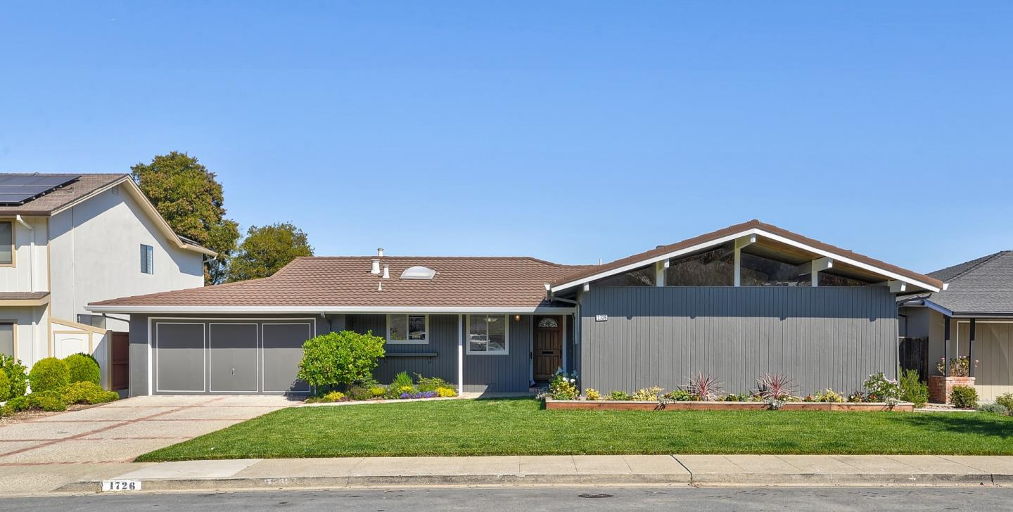 Detail Gallery Image 1 of 1 For 1726 Quesada Way, Burlingame,  CA 94010 - 3 Beds   2 Baths