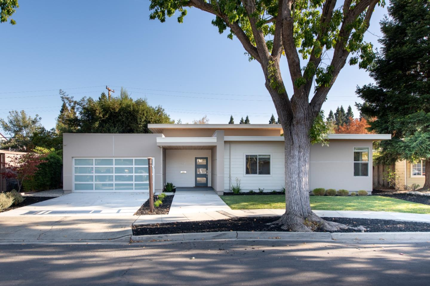 Detail Gallery Image 1 of 1 For 151 Atherwood, Redwood City,  CA 94061 - 4 Beds | 2/1 Baths