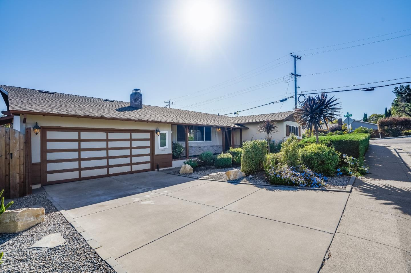 Detail Gallery Image 1 of 1 For 2699 Yosemite Dr, Belmont,  CA 94002 - 3 Beds | 2 Baths