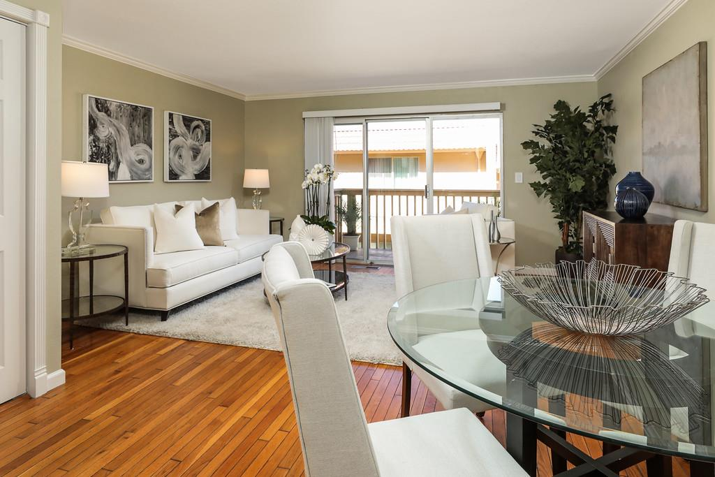 Detail Gallery Image 1 of 1 For 4074 Farm Hill Blvd #3,  Redwood City,  CA 94061 - 2 Beds | 2/1 Baths