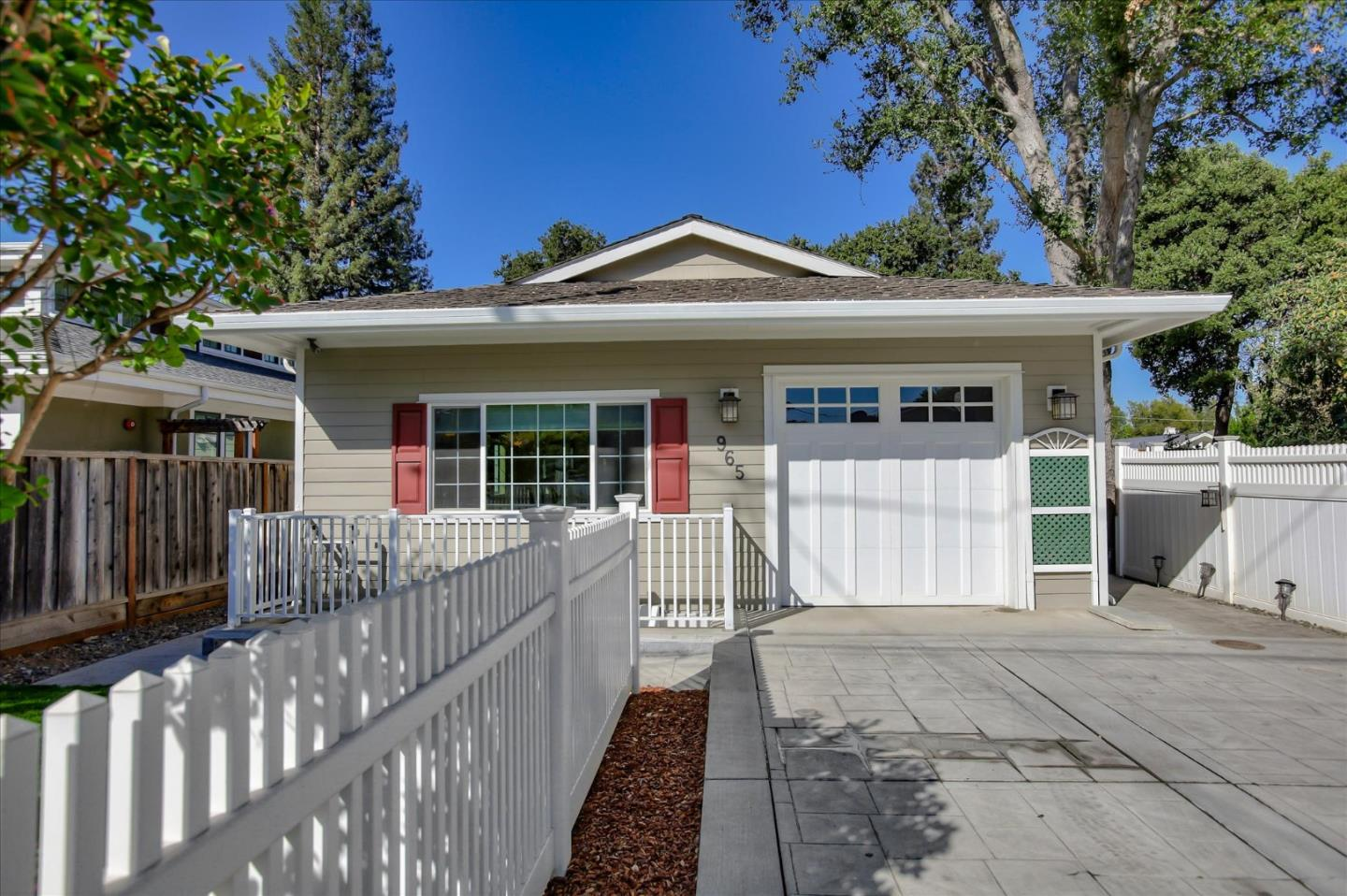 Detail Gallery Image 1 of 49 For 965 Loraine Ave, Los Altos,  CA 94024 - 3 Beds | 2/1 Baths