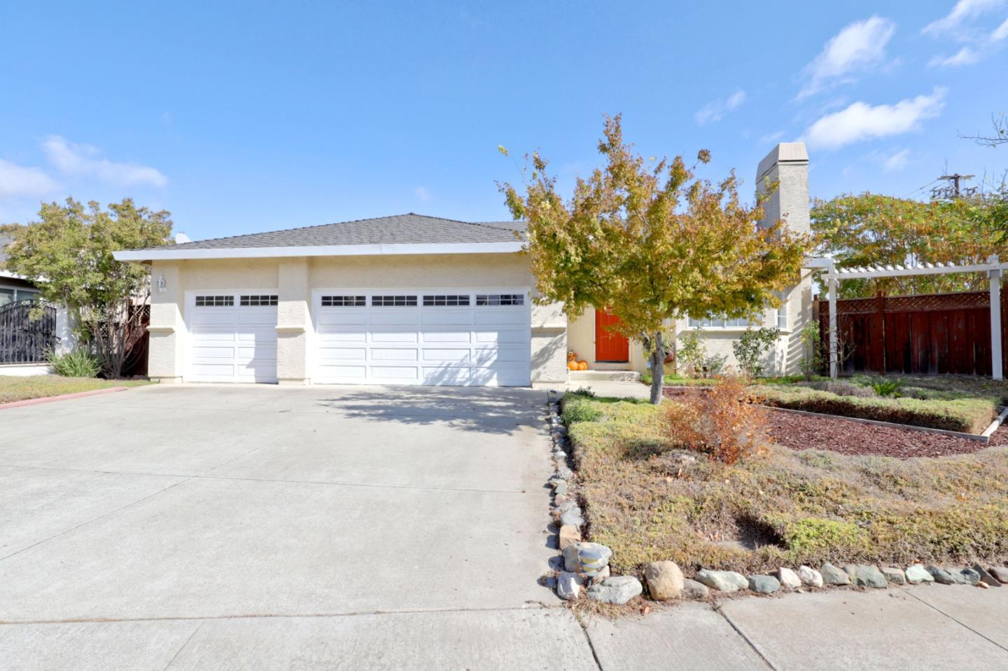 Detail Gallery Image 1 of 1 For 17380 Walnut Grove Dr, Morgan Hill,  CA 95037 - 3 Beds | 2 Baths