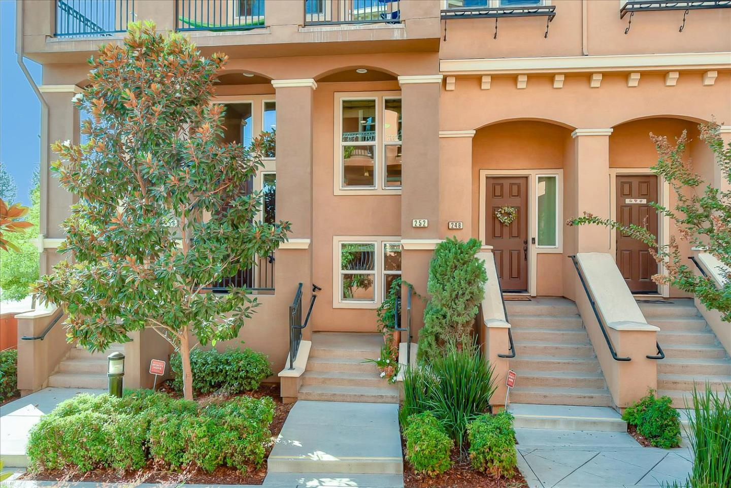 Detail Gallery Image 1 of 1 For 252 Currlin Cir, Milpitas,  CA 95035 - 3 Beds | 2 Baths