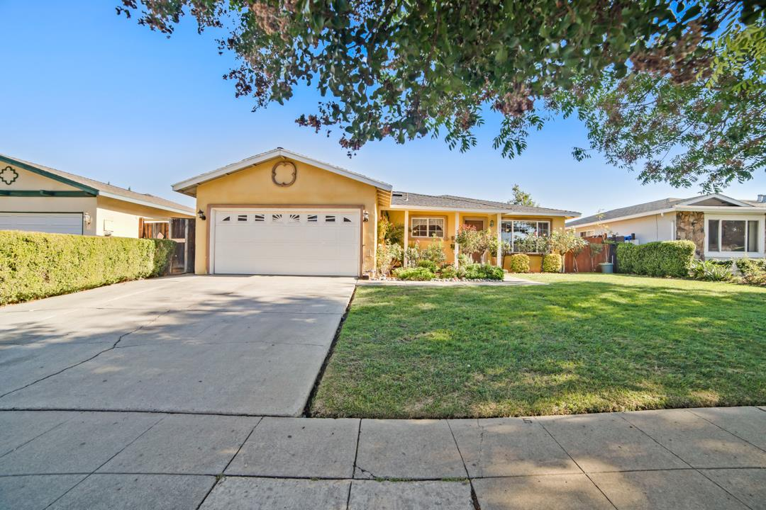 Detail Gallery Image 1 of 1 For 2674 Taffy Dr, San Jose,  CA 95148 - 3 Beds | 2 Baths