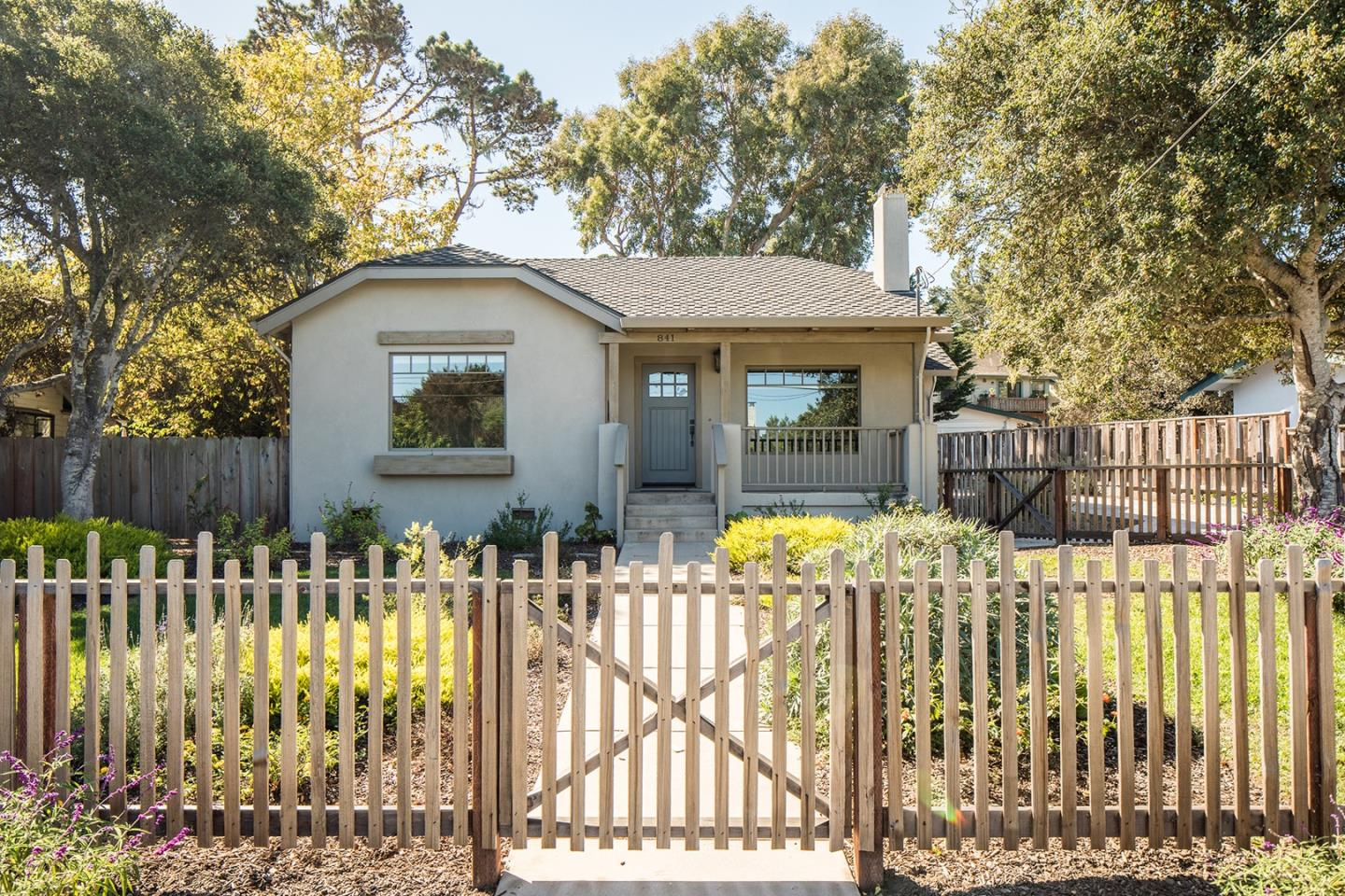 Detail Gallery Image 1 of 1 For 841 Bayview Ave, Pacific Grove,  CA 93950 - 3 Beds | 2/1 Baths