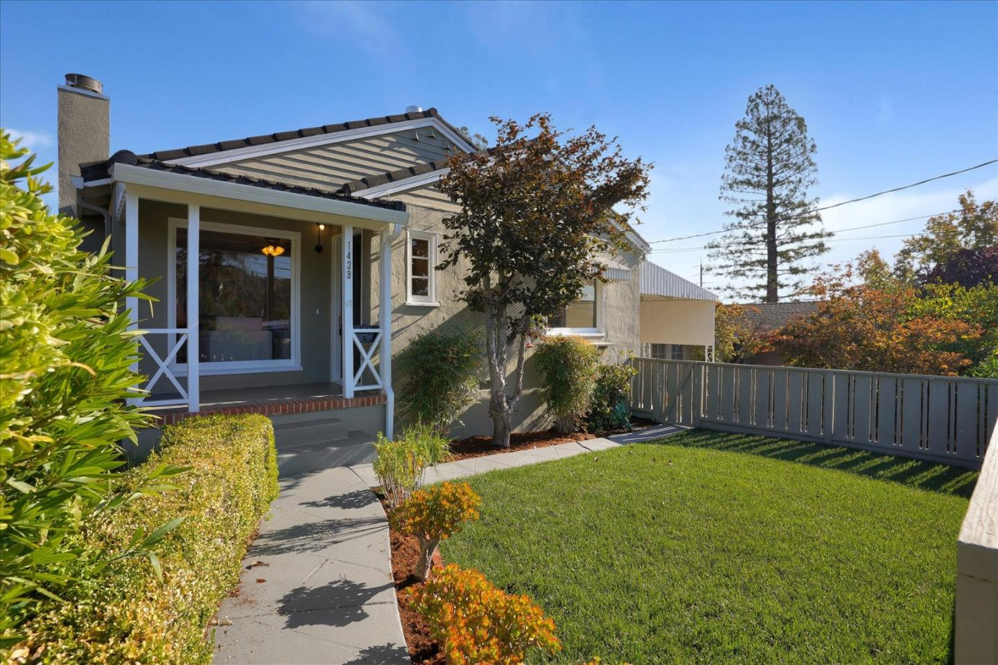 Detail Gallery Image 1 of 1 For 1439 Tilia St, San Mateo,  CA 94402 - 2 Beds | 1 Baths