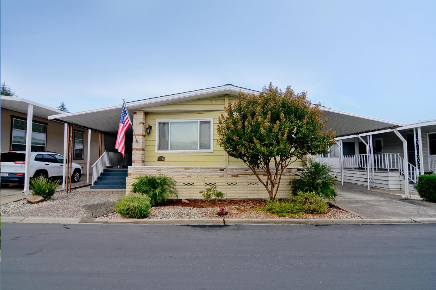 Detail Gallery Image 1 of 1 For 116 Pine Ln #116,  Morgan Hill,  CA 95037 - 2 Beds | 2 Baths