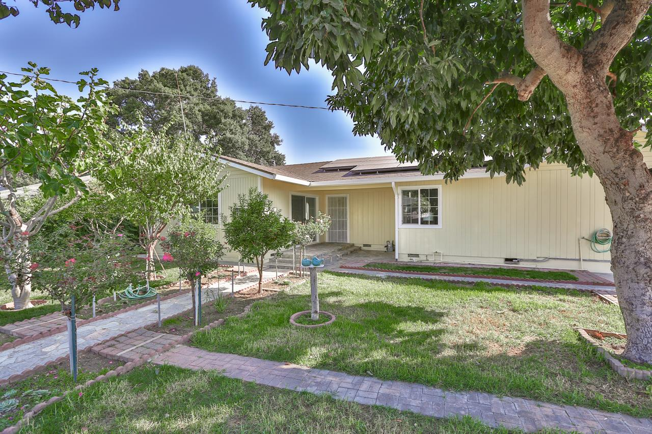Detail Gallery Image 1 of 1 For 2284 Addison Ave, East Palo Alto,  CA 94303 - 3 Beds   2 Baths