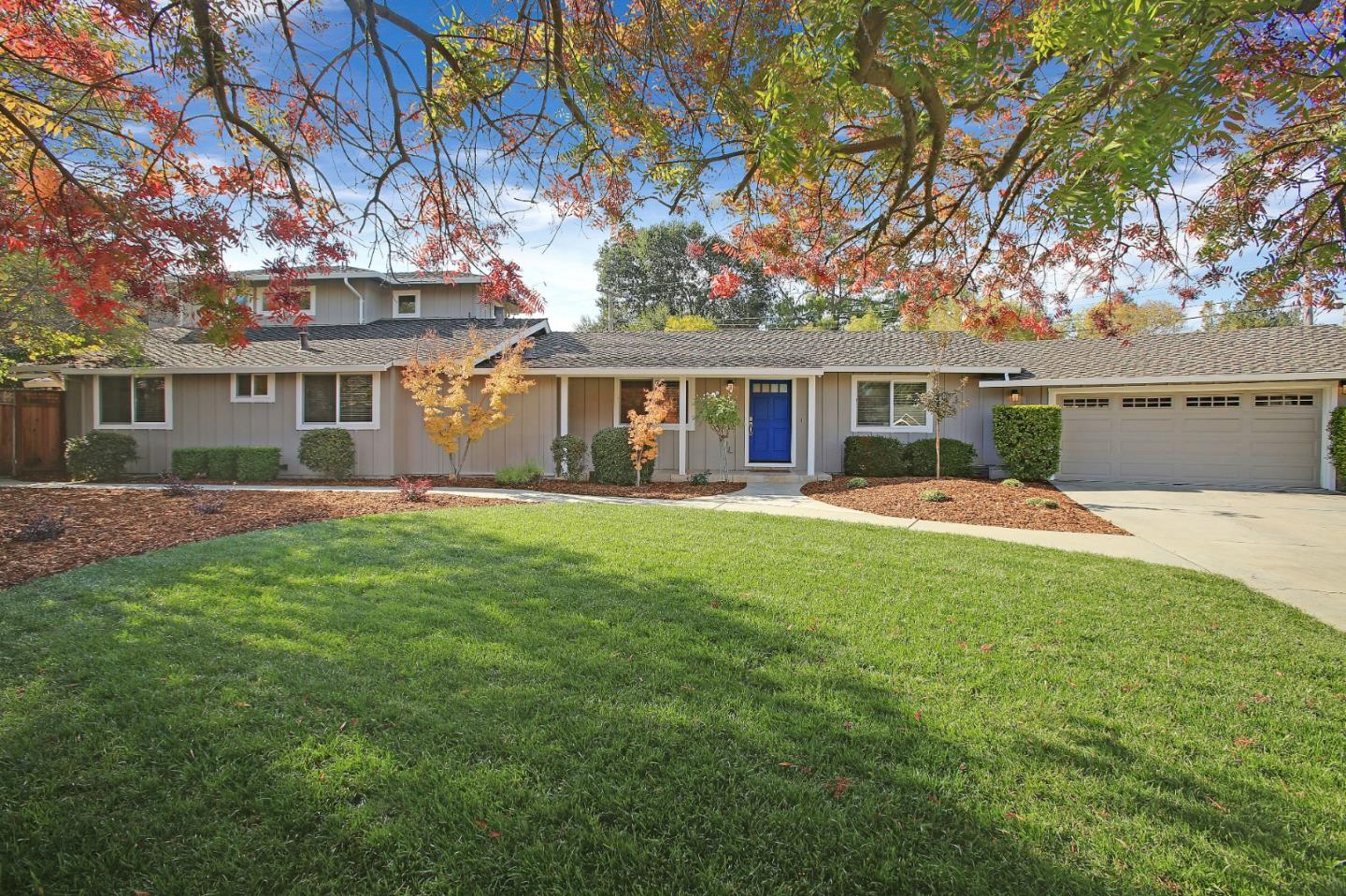 Detail Gallery Image 1 of 1 For 1480 Elnora Ct, Los Altos,  CA 94024 - 5 Beds | 3/1 Baths